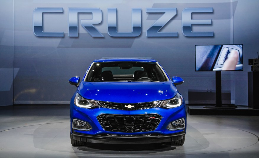 2016 Chevrolet Cruze Front End Photo
