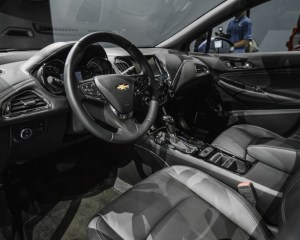 2016 Chevrolet Cruze RS Cockpit Steering