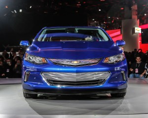 2016 Chevrolet Volt Front View in Auto Show