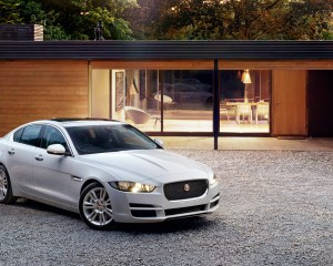 2016 Jaguar XE White Preview