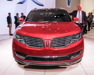 2016 Lincoln MKX Front Photo