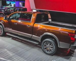 2016 Nissan Titan Left Side Photo