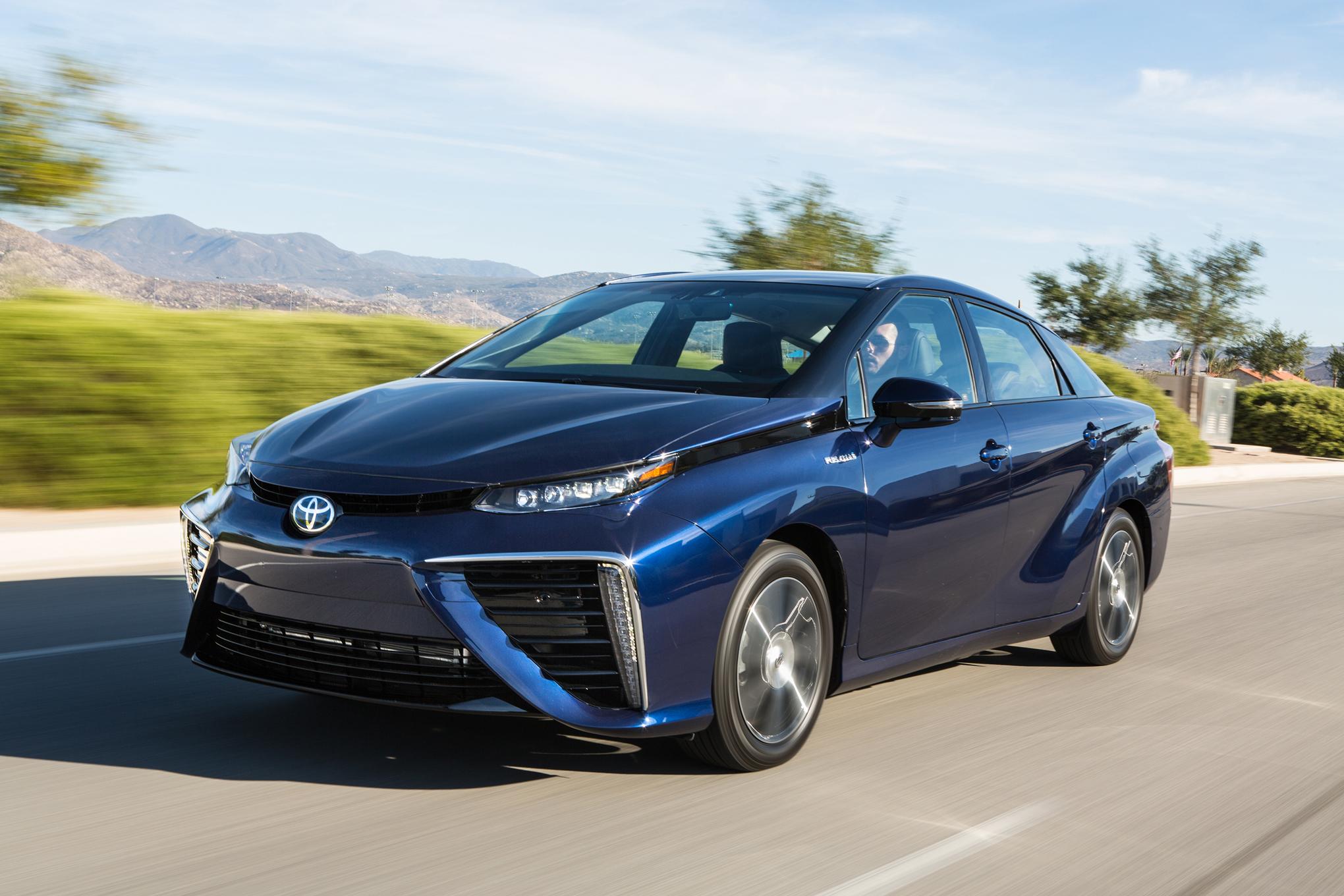 2016 Toyota Mirai Performance Test