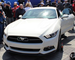 2015 Ford Mustang Anniversary Edition