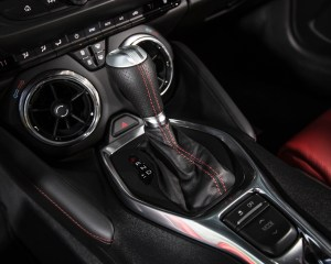2016 Chevrolet Camaro SS Interior Gear Shift Knob