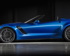 2016 Chevrolet Corvette Z06 Convertible Blue Side View
