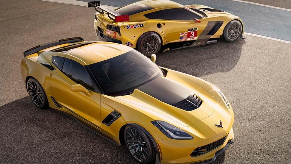 2016 Chevrolet Corvette Z06 and C7R