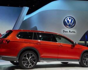 2016 Volkswagen Passat Alltrack Exterior Auto Show