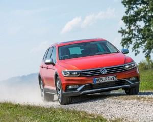 2016 Volkswagen Passat Alltrack Off-Road Test