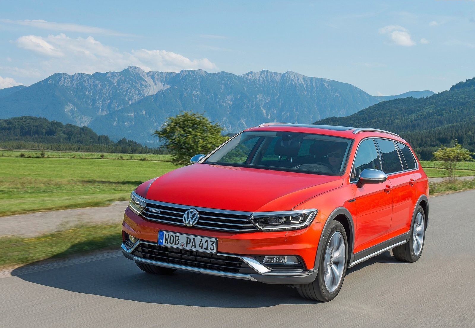 2016 Volkswagen Passat Alltrack Test Drive Photo
