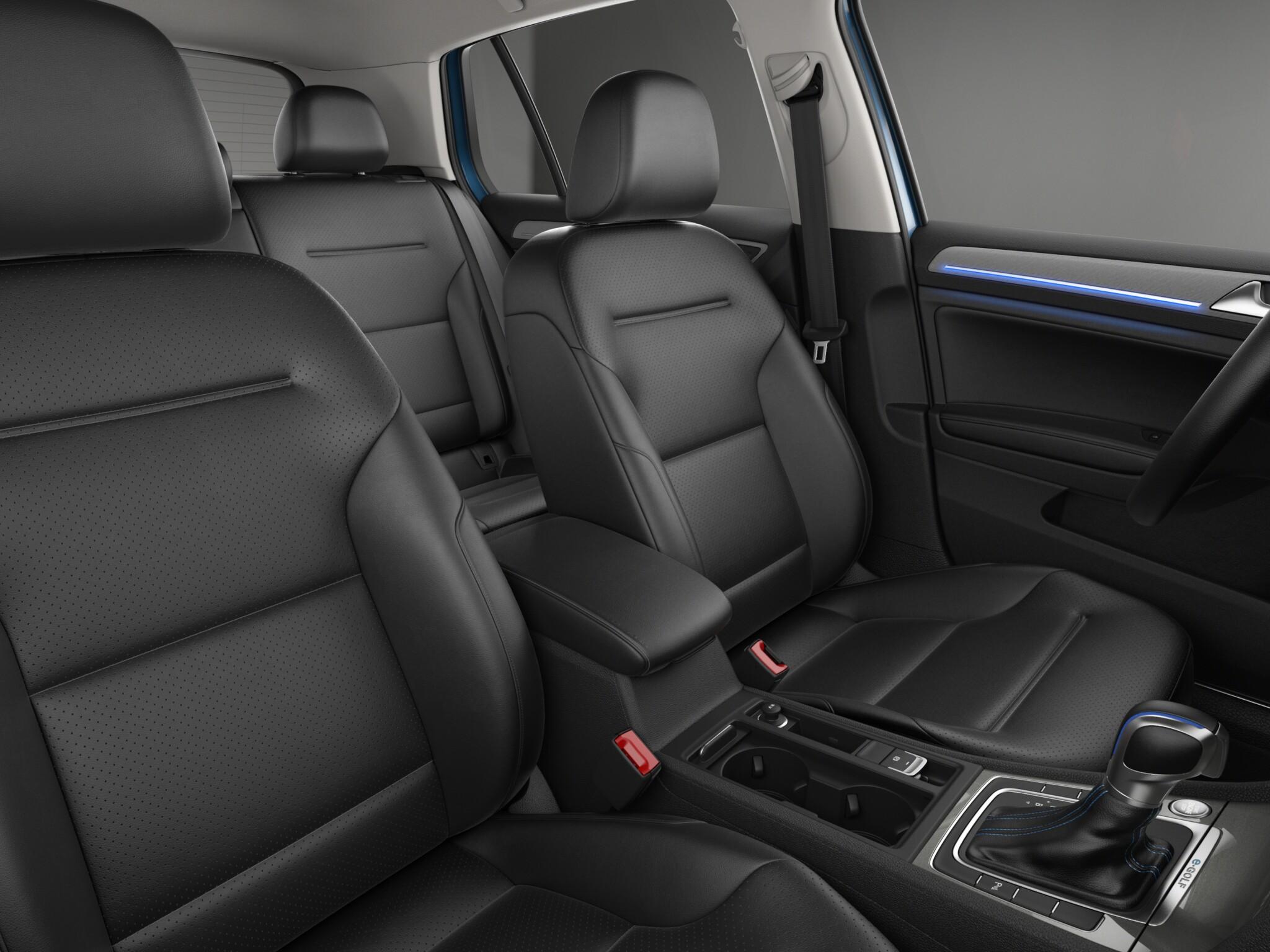 2016 Volkswagen e-Golf Front Seats Interior