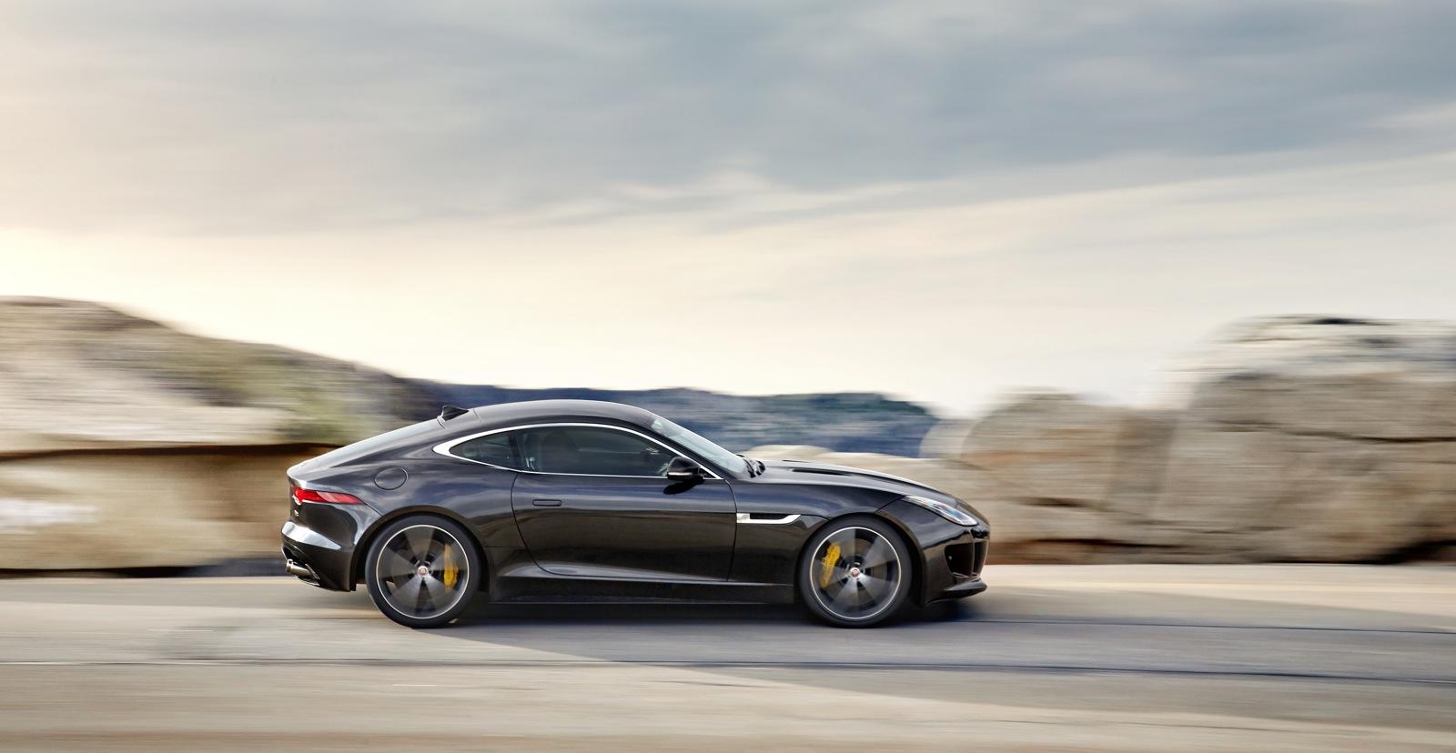 Performane: 2015 Jaguar F-Type R Coupe