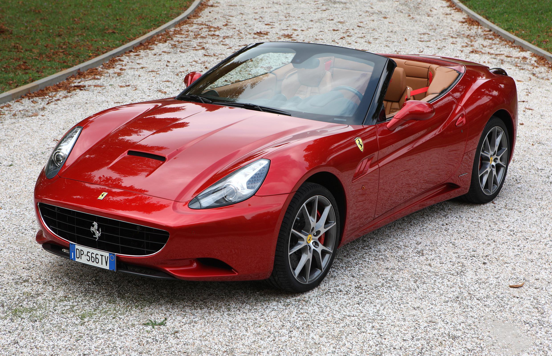 Test Drive: (Red) 2015 Ferrari California T