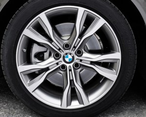2015 BMW 225i Active Tourer Exterior Wheel