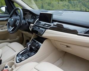 2015 BMW 225i Active Tourer Interior Dashboard