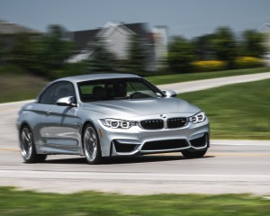 2015 BMW M4 Convertible Top Up Test