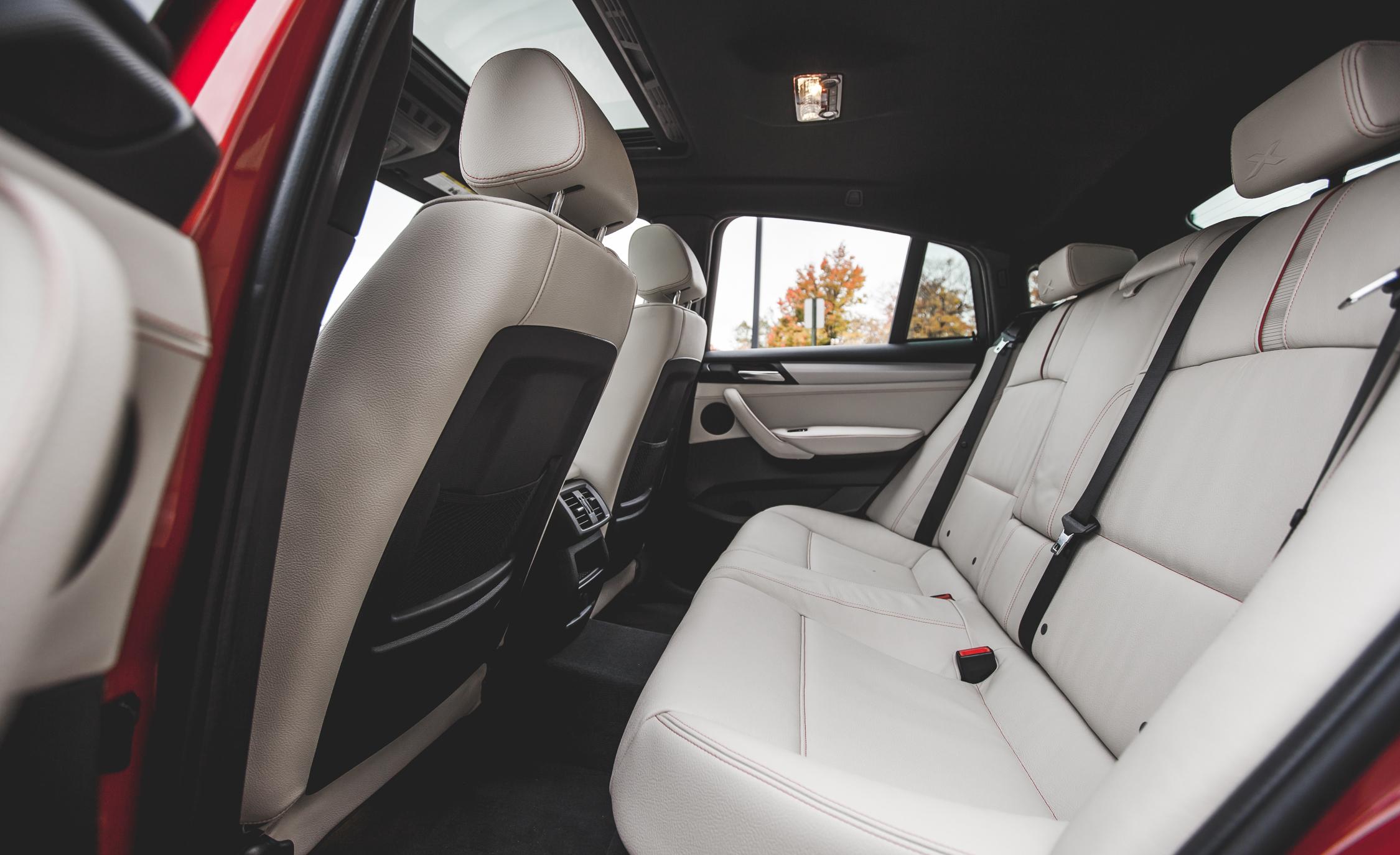 2015 BMW X4 xDrive28i Interior Seats Rear