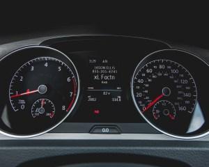 2015 Volkswagen Golf TSI Interior Speedometer