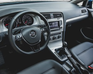 2015 Volkswagen Golf TSI Interior Steering