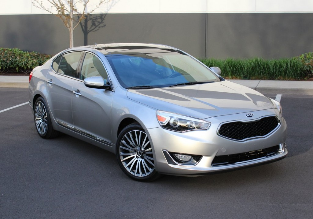 2015 Kia Cadenza Full Size Sedan