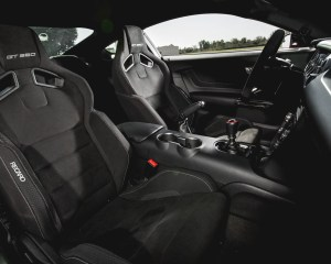 2016 Ford Mustang Shelby GT350R Interior Front Seats