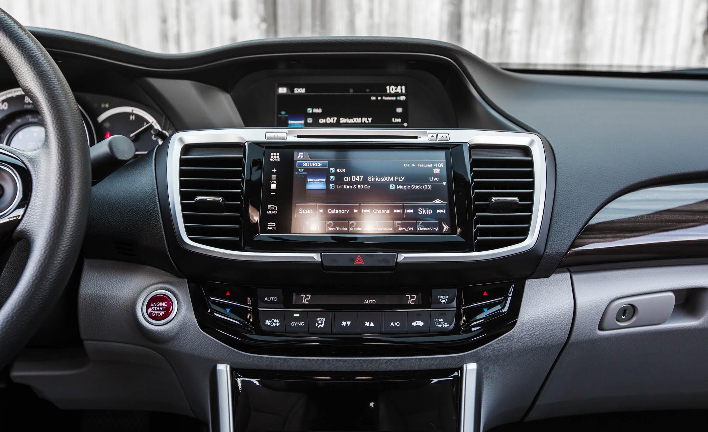 2016 Honda Accord EX Interior Center Head Unit