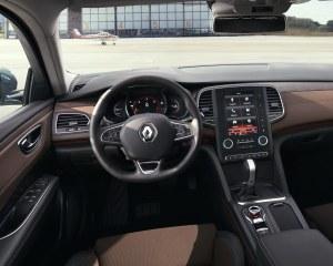 2016 Renault Talisman Cockpit Interior