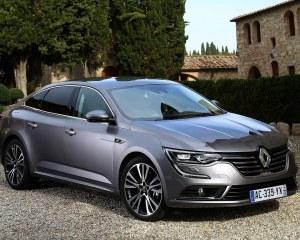 2016 Renault Talisman Front Side Design
