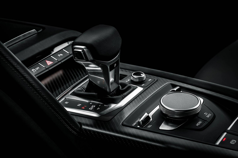 Audi R8 V10 Plus Gear Transmission