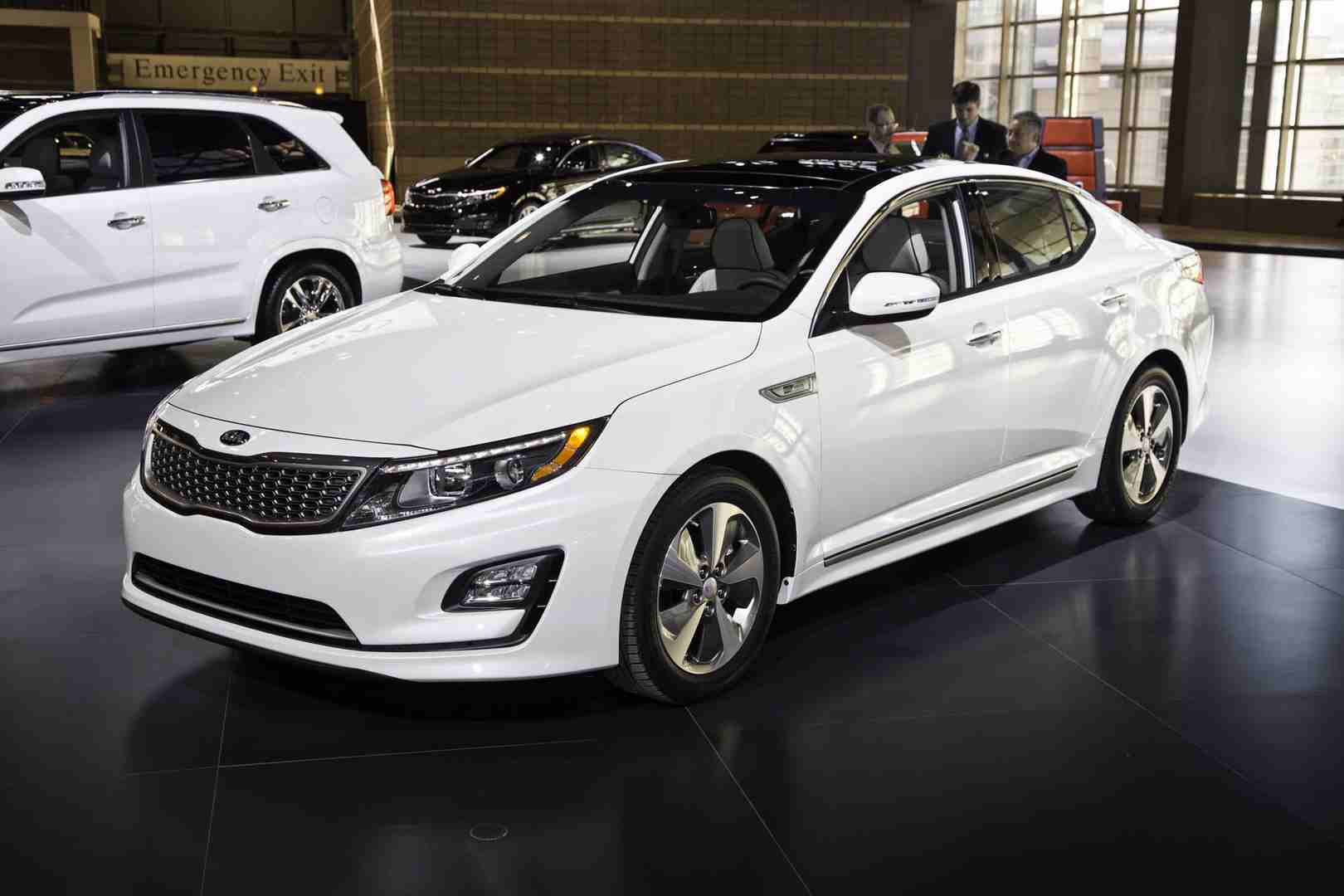 Midsize Sedan: 2015 Kia Optima