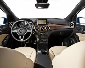 2014 Mercedes-Benz B-Class Interior Preview