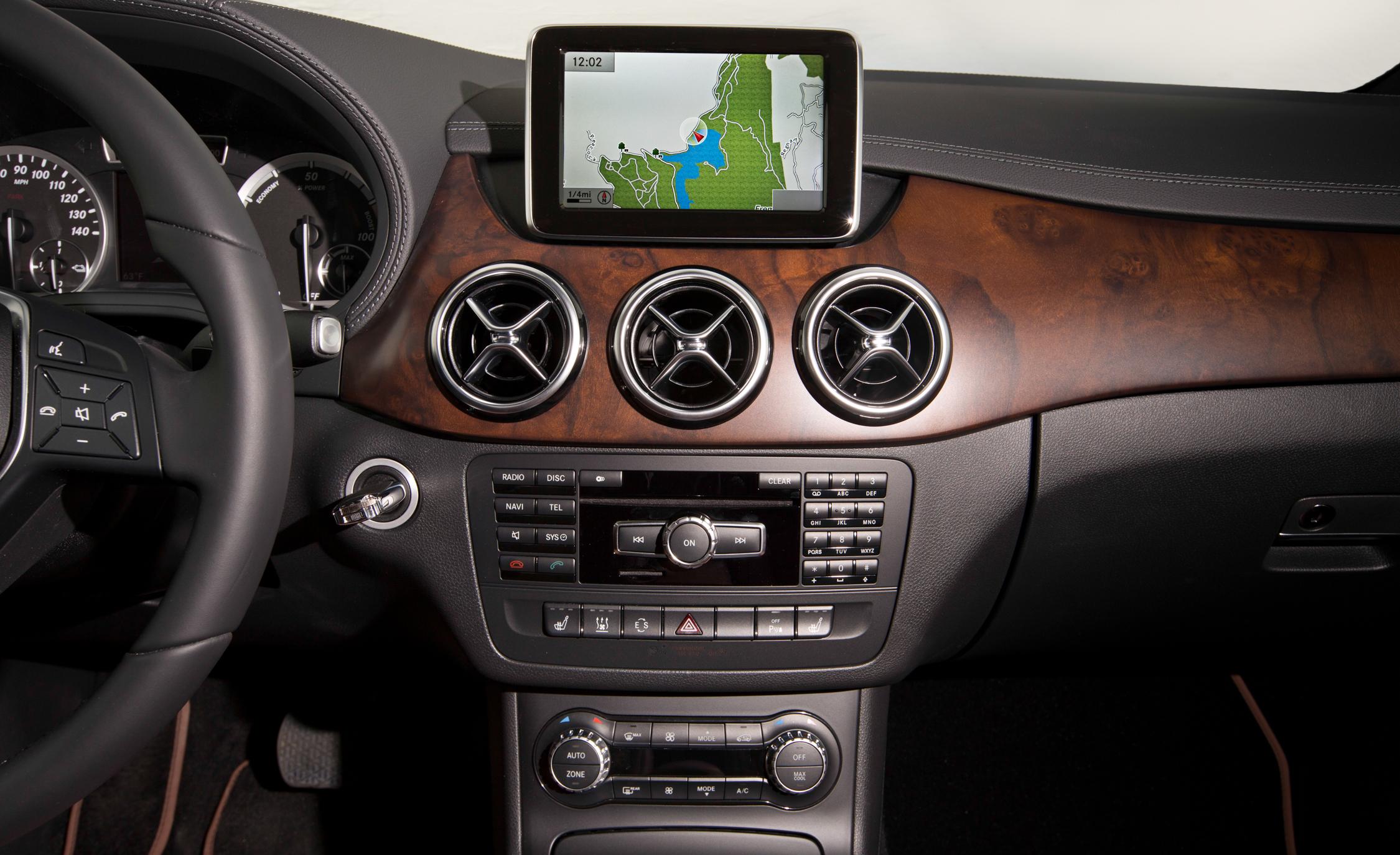 2014 Mercedes-Benz B-class Electric Drive Interior Center Head Unit