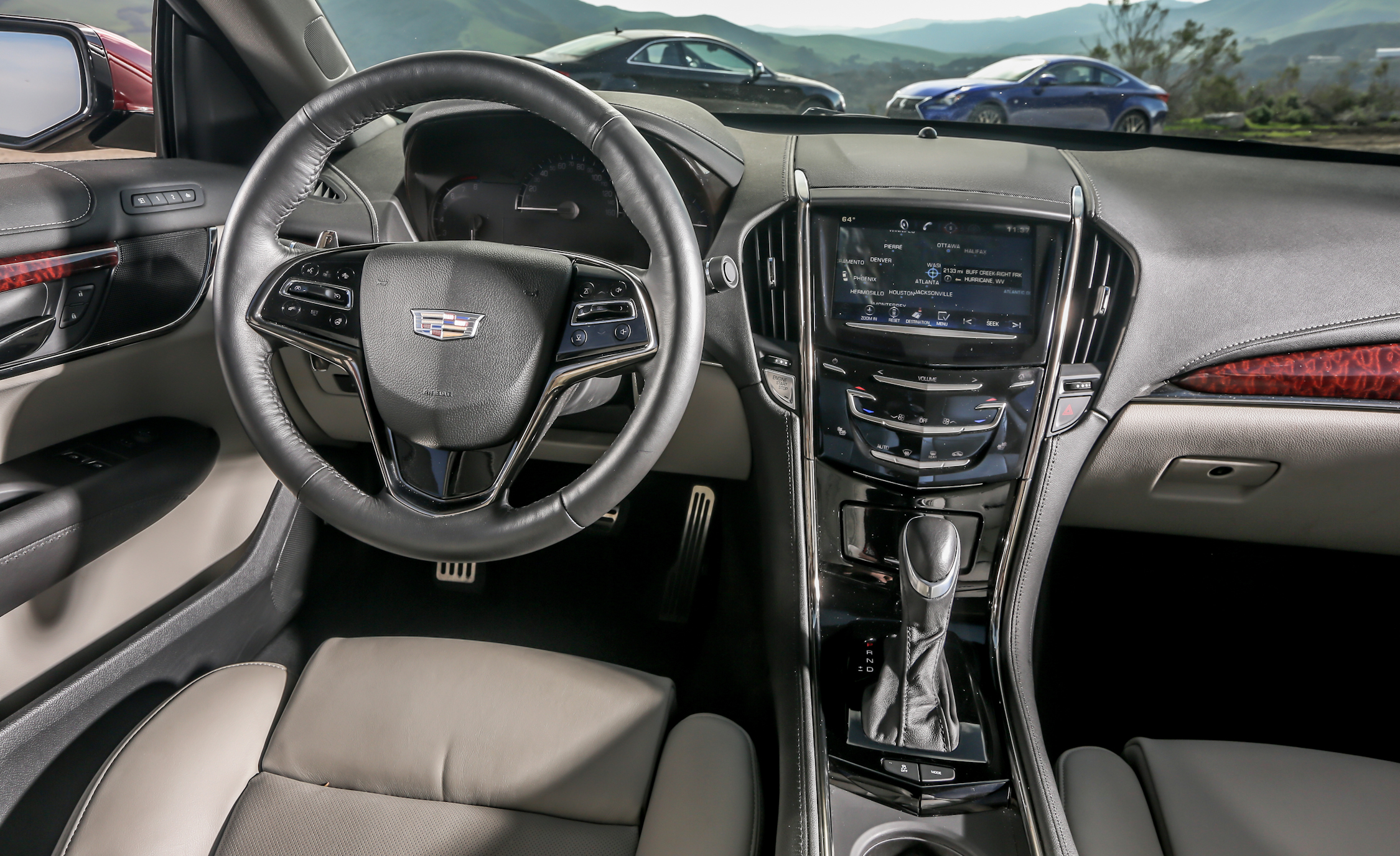 2015 Cadillac ATS Coupe 3.6 Cockpit and Dashboard