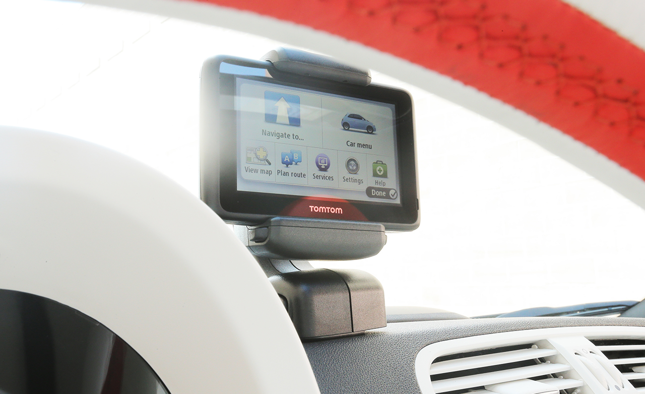2015 FIAT 500e Interior Center Head Unit