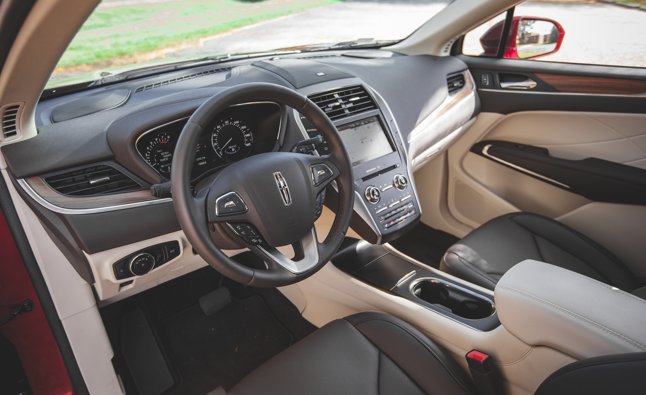 2015 Lincoln MKC 2.3 EcoBoost AWD Cockpit