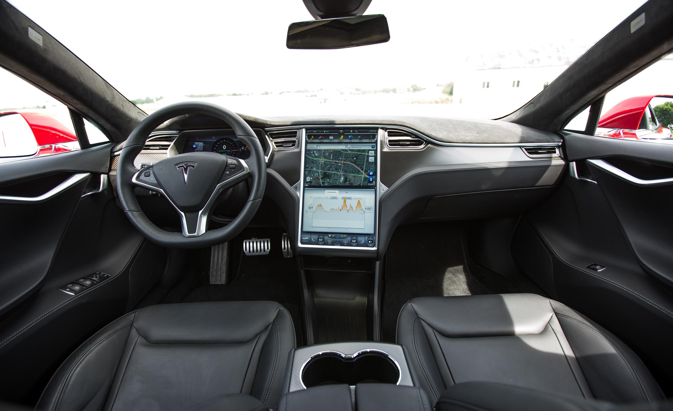 2015 Tesla Model S P85D Dashboard Interior