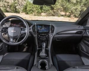 2016 Cadillac ATS-V Cockpit and Dashboard