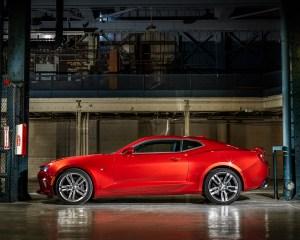 2016 Chevrolet Camaro SS Side Exterior Design