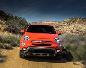 2016 Fiat 500X Trekking Off-Road Front View
