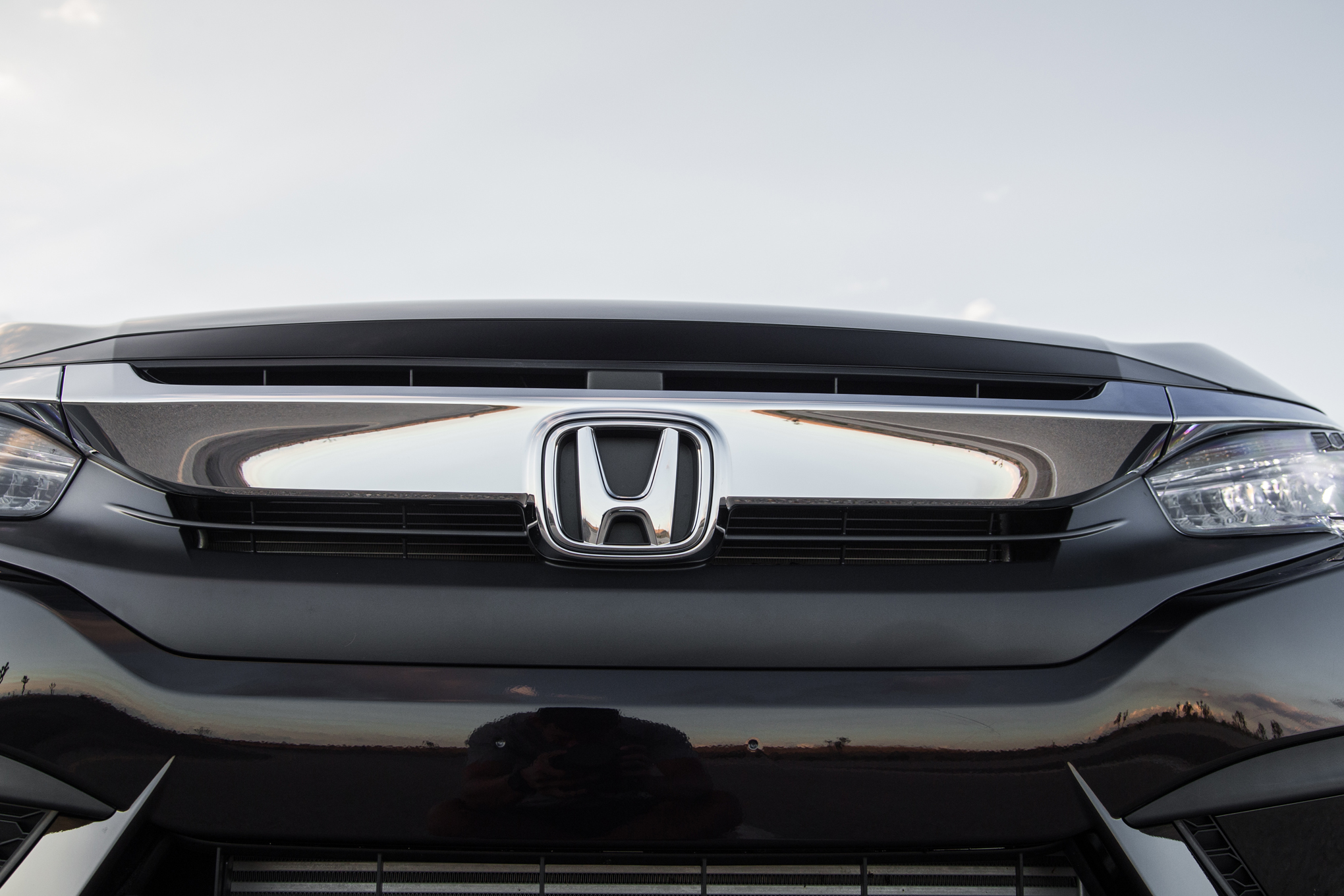 2016 Honda Civic Touring Black Front Badge
