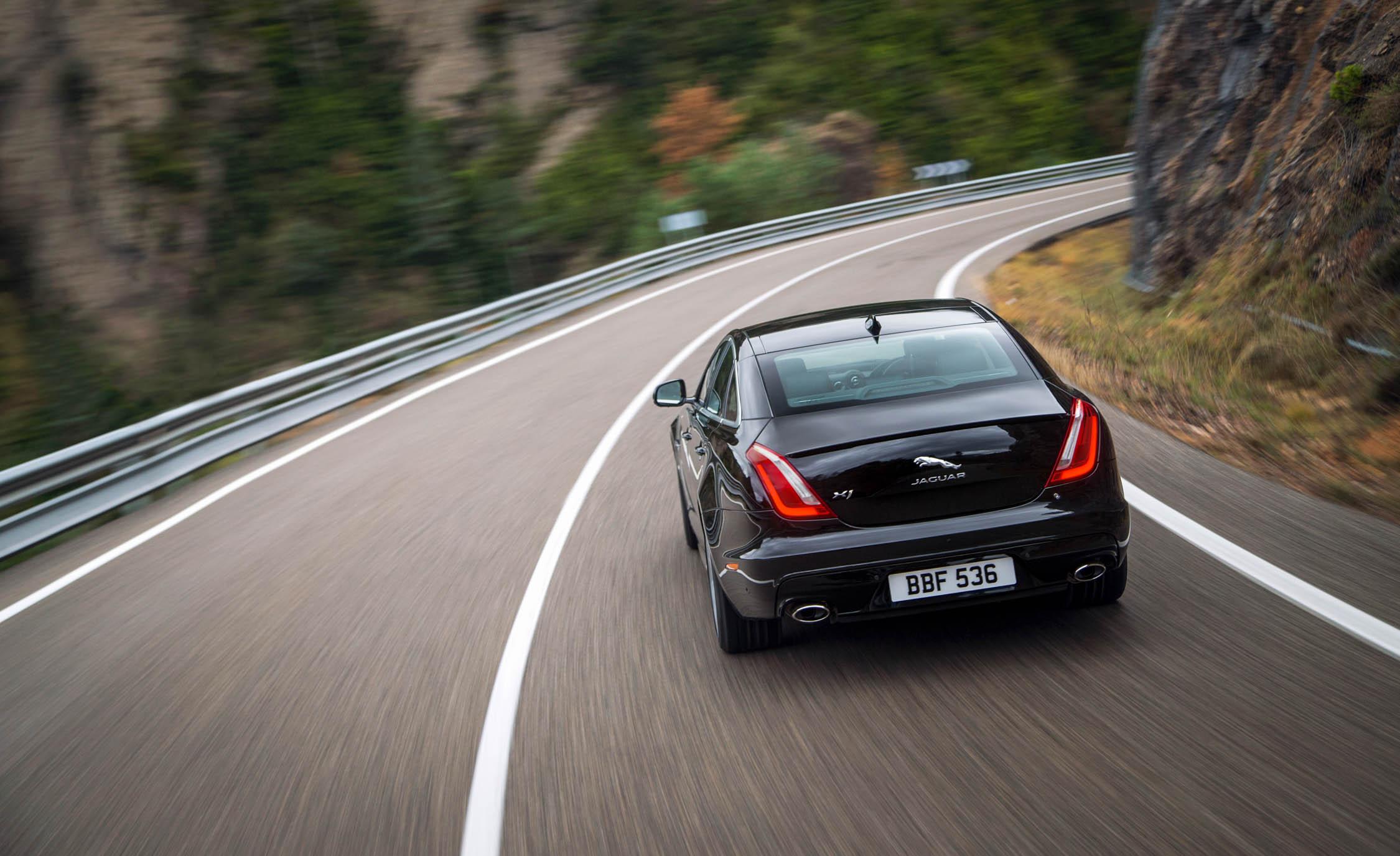 2016 Jaguar XJ Rear View