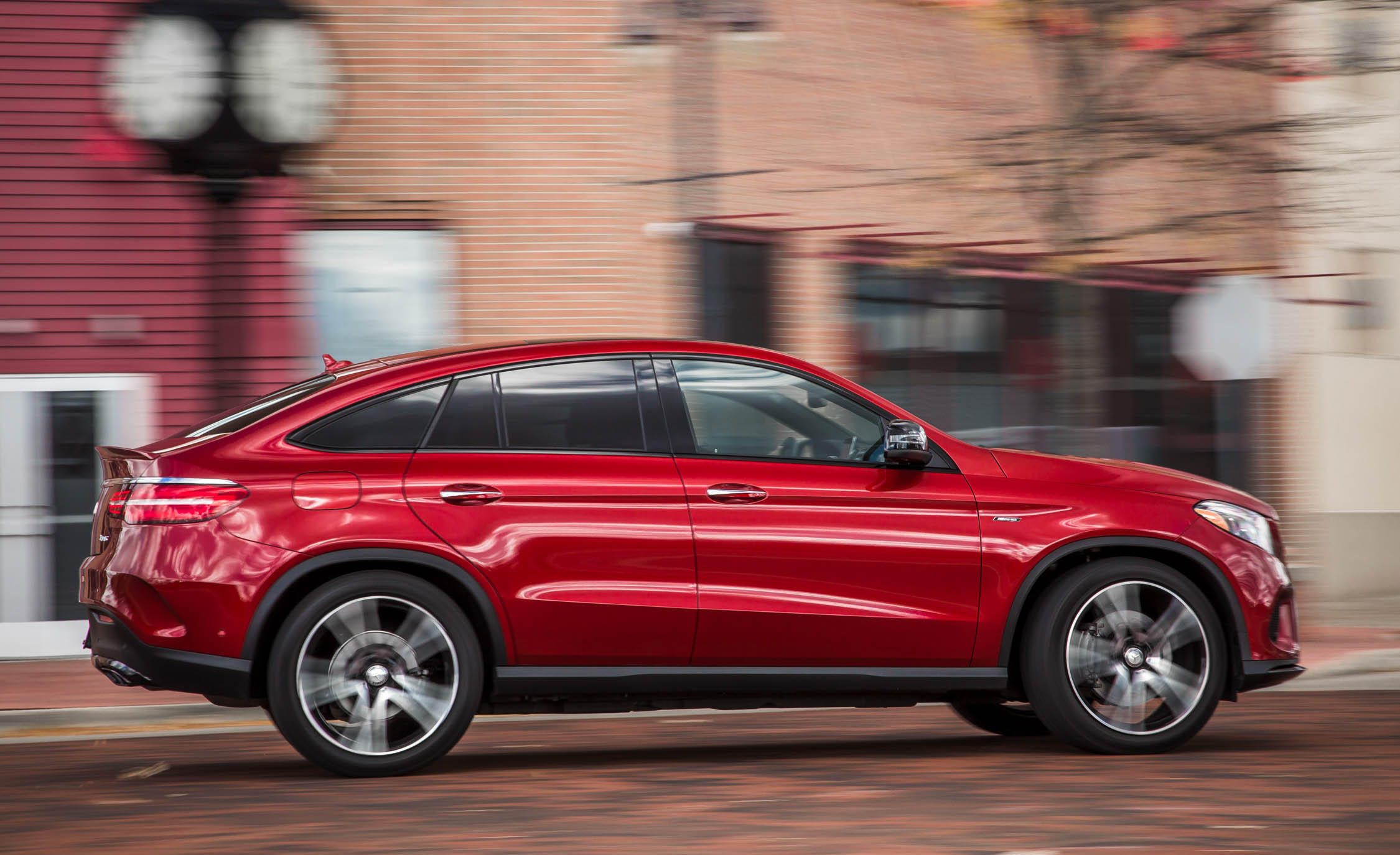 2016 Mercedes-Benz GLE450 AMG Coupe Test Preview