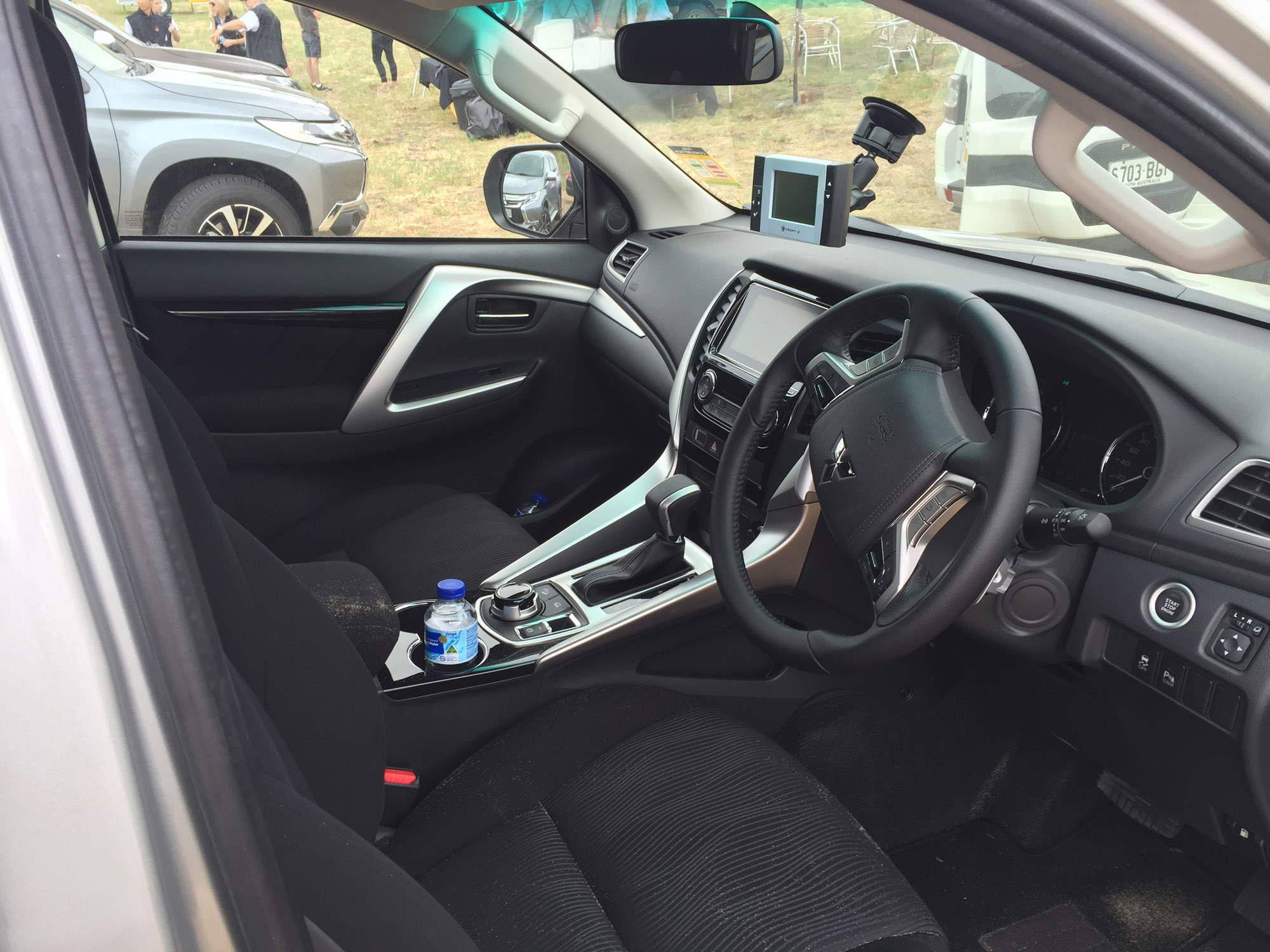2016 Mitsubishi Sport Interior Pajero
