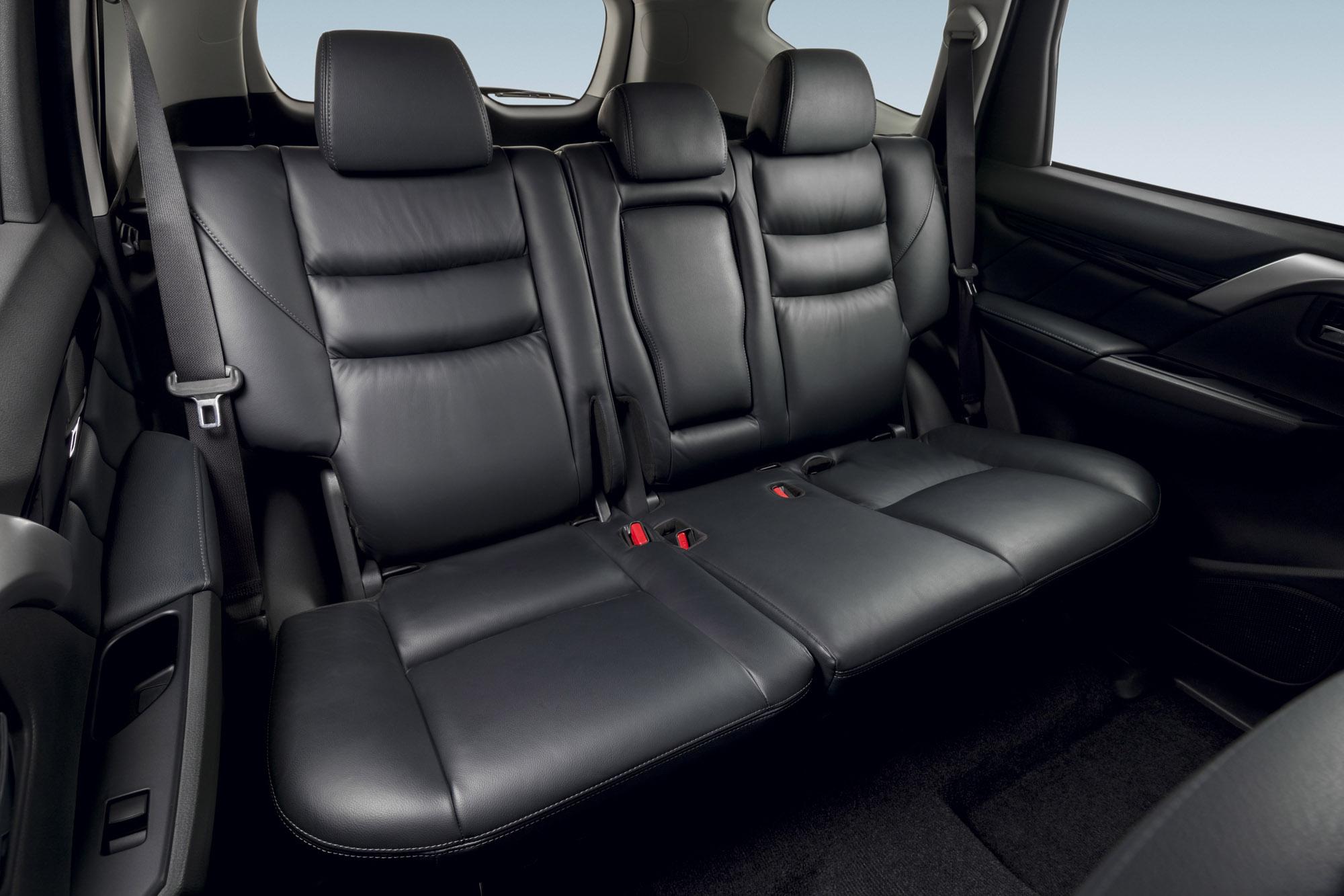 2016 Mitsubishi Pajero Sport Rear Seats Interior