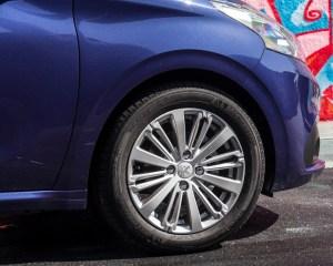 2016 Peugeot 208 Active Wheel