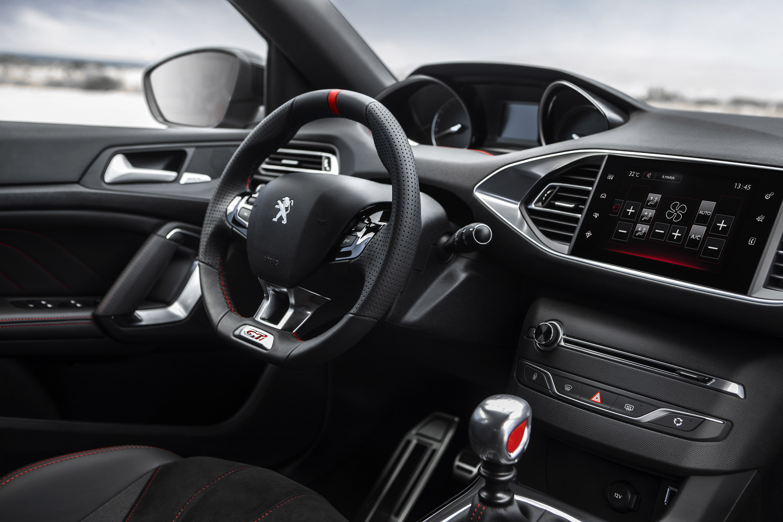 2016 Peugeot 308 GTi Cockpit Interior