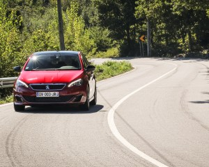Front View 2016 Peugeot 308 GTi