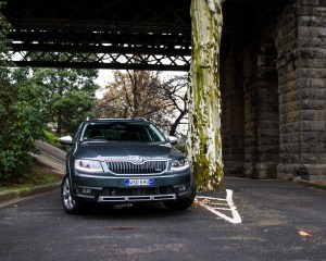 Front View Skoda Octavia Scout 2016