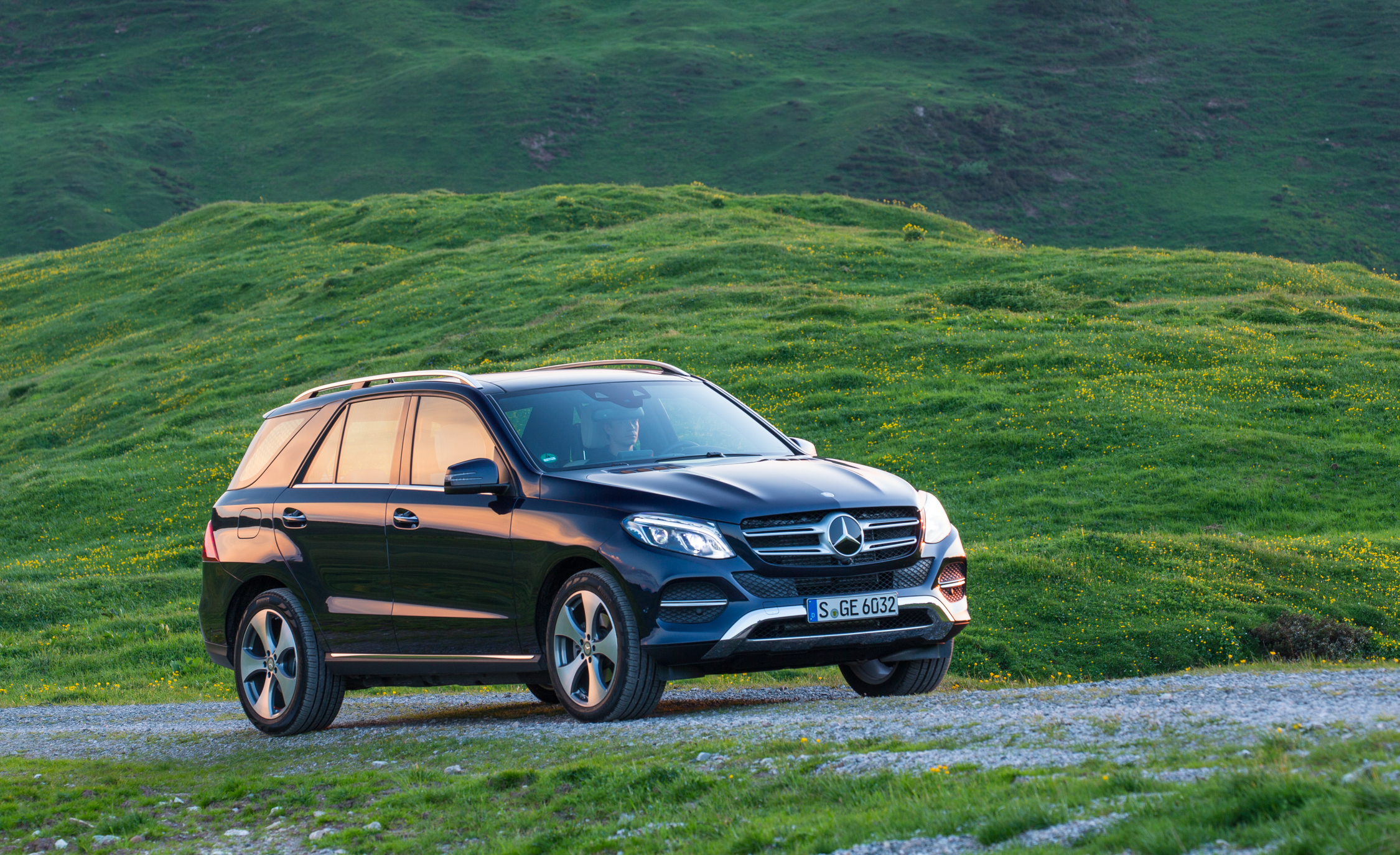 New 2016 Mercedes-Benz GLE250d 4MATIC