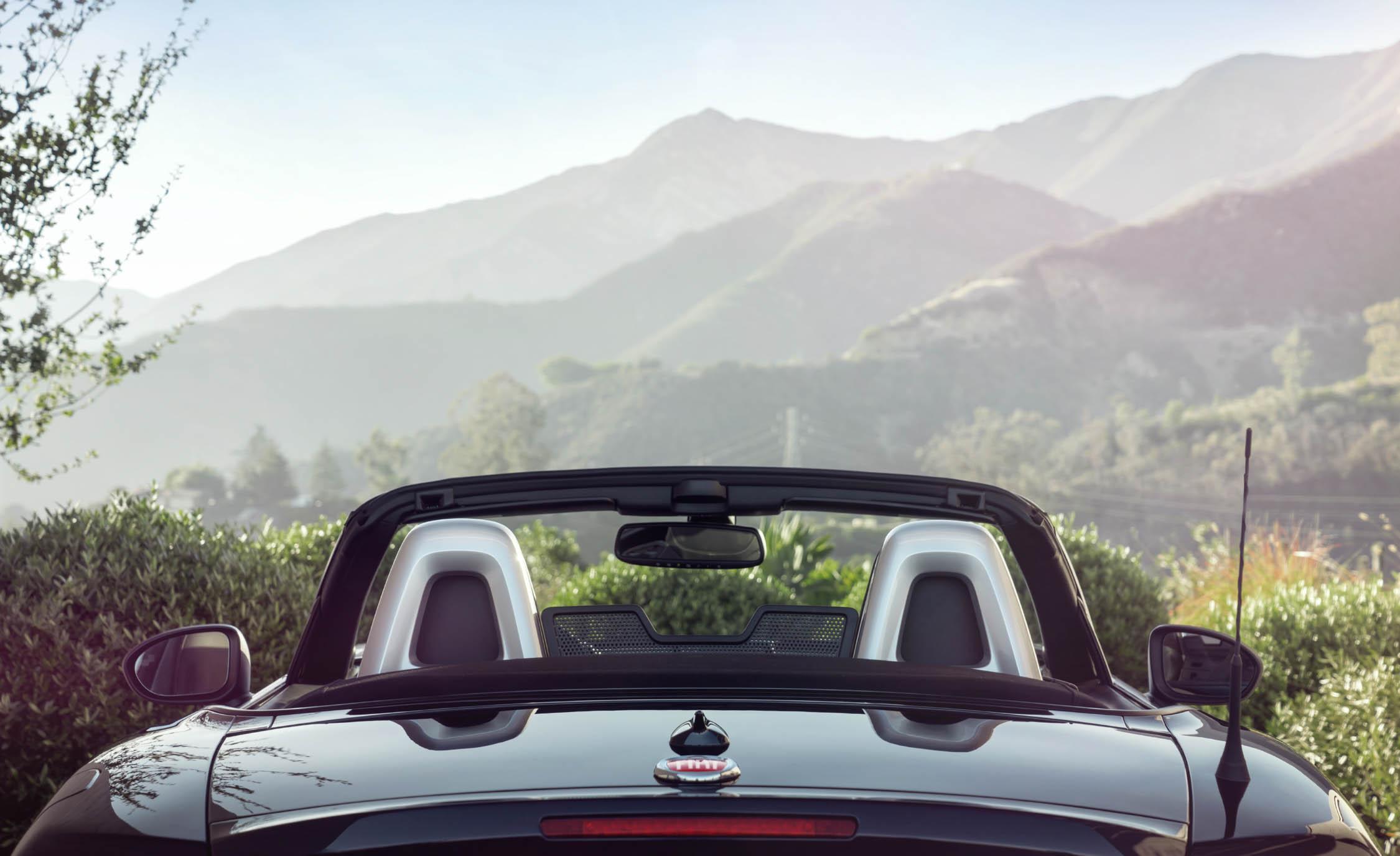 Rear End 2017 Fiat 124 Spider